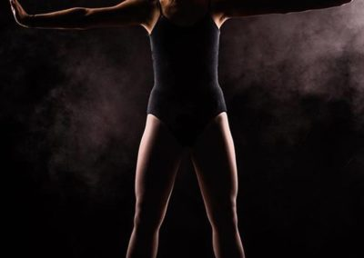 TWO20STUDIOS - Amazing photo of a gymnast.